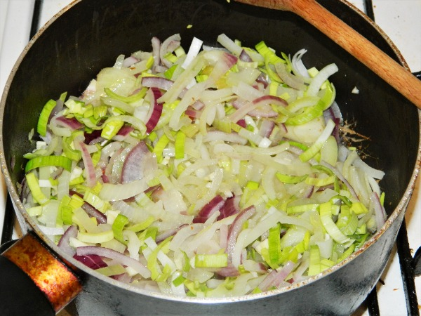 Best Vegetable Stew Recipe-Frying onions, leek and garlic.
