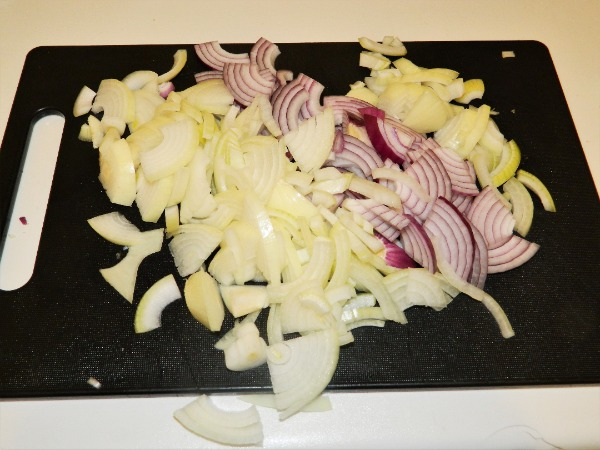 Best Vegetable Stew Recipe-Sliced onions.