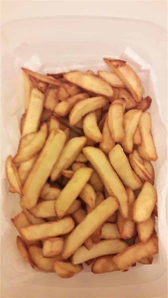 French Fries-Cooling Deep Fried Potatoes