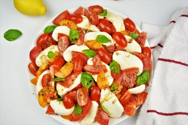 Tomatoes Caprese Salad Recipe