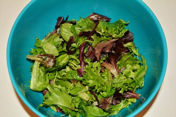 Best Homemade Chicken Salad Recipe - Baby Leaf Salad in the Bowl