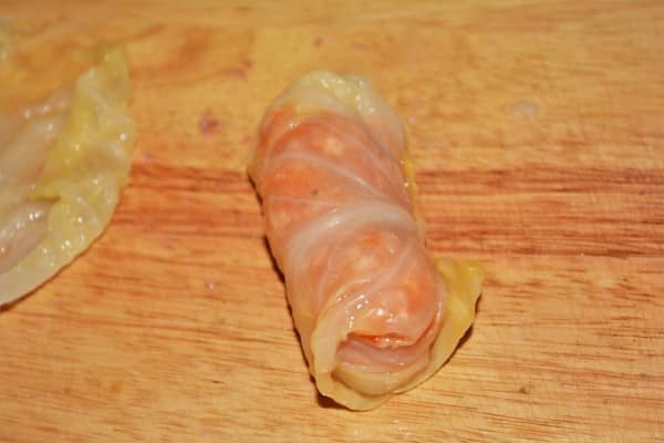 Best Hungarian Stuffed Cabbage Rolls Recipe-Stuffing Cabbage Leaves the Fourth Step