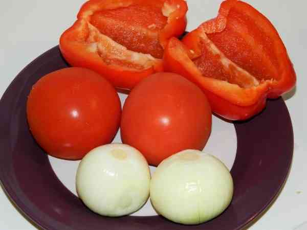 Best Eggplant Casserole Recipe-Cleaned Bell Pepper, Tomatoes and Onions