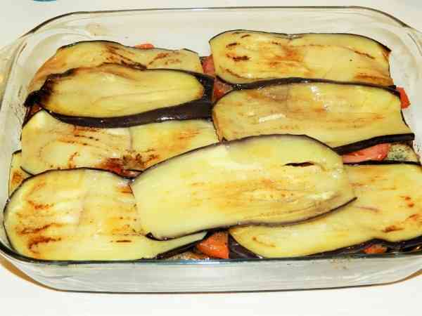 Best Eggplant Casserole Recipe-Fifth Layer of Moussaka is Eggplant Slices