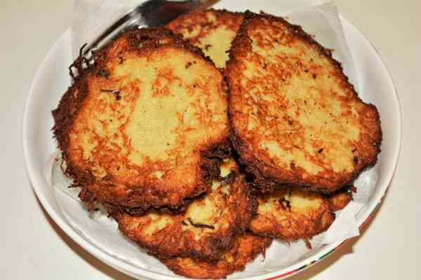 Homemade Hash Browns Recipe-Fried Hash Browns in the Bowl