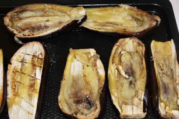 Stuffed Aubergines Recipe-Scoop Out the Core of Baked Aubergines